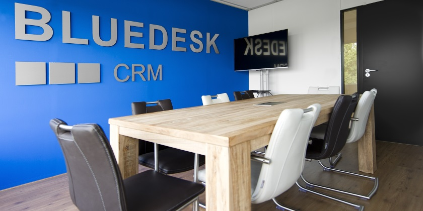 Over Bluedesk CRM